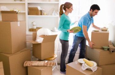 Đóng gói gọn gàng đồ đạc khi vận chuyển