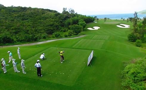 Sân chơi golf