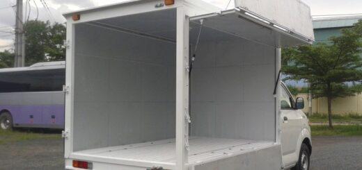 Xe tải nhỏ chở hàng